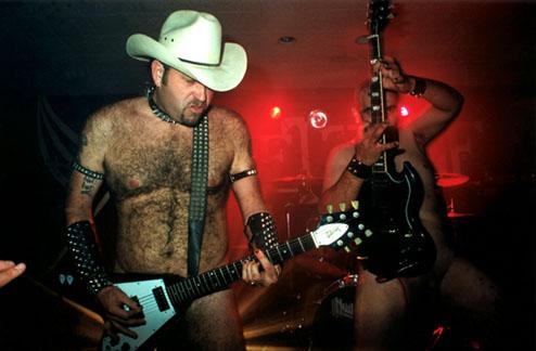 Cover-band Nudist  - необычные кавер-бэнды мира